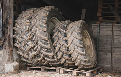 Tyres on their sidewalls, are stored standing up