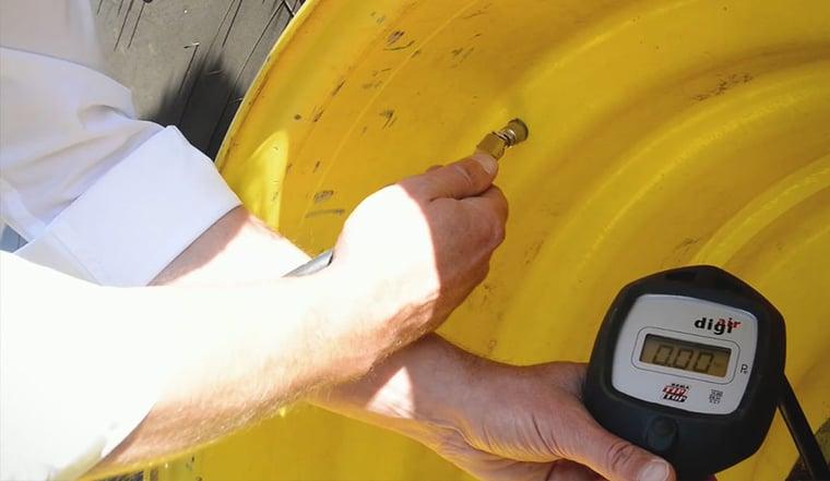 Tractor tyre pressure