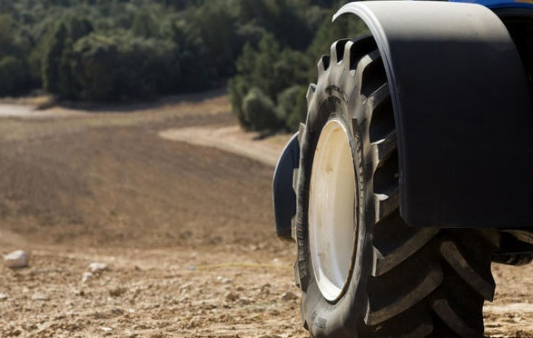 VX Tractor the most multi-purpose tractor tyre